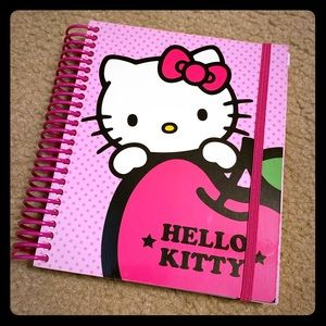 NEW Hello Kitty customizable agenda 6x7